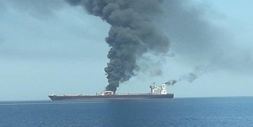 تازه ترین جزئیات از انفجار دو نفتکش در دریای عمان + تصاویر