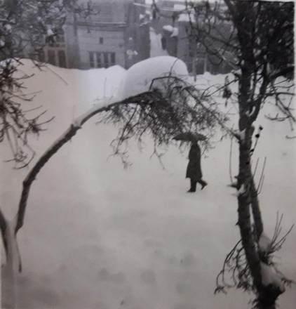 بروجرد. خیابان انباشته از برف